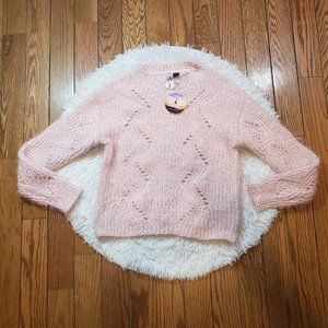 NWT Love By Design Women's Blush Pull Over Sweater